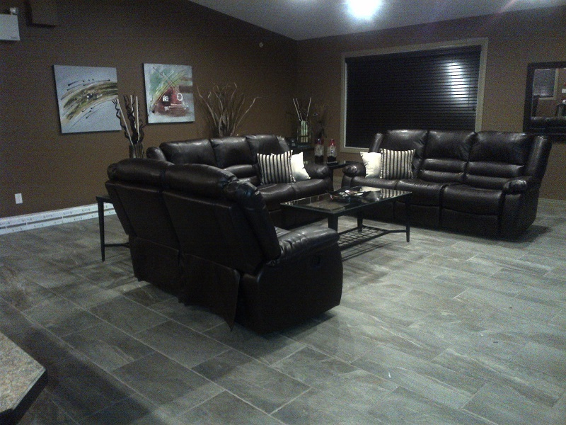 Rocky-Mountain-House-staff-lounge2