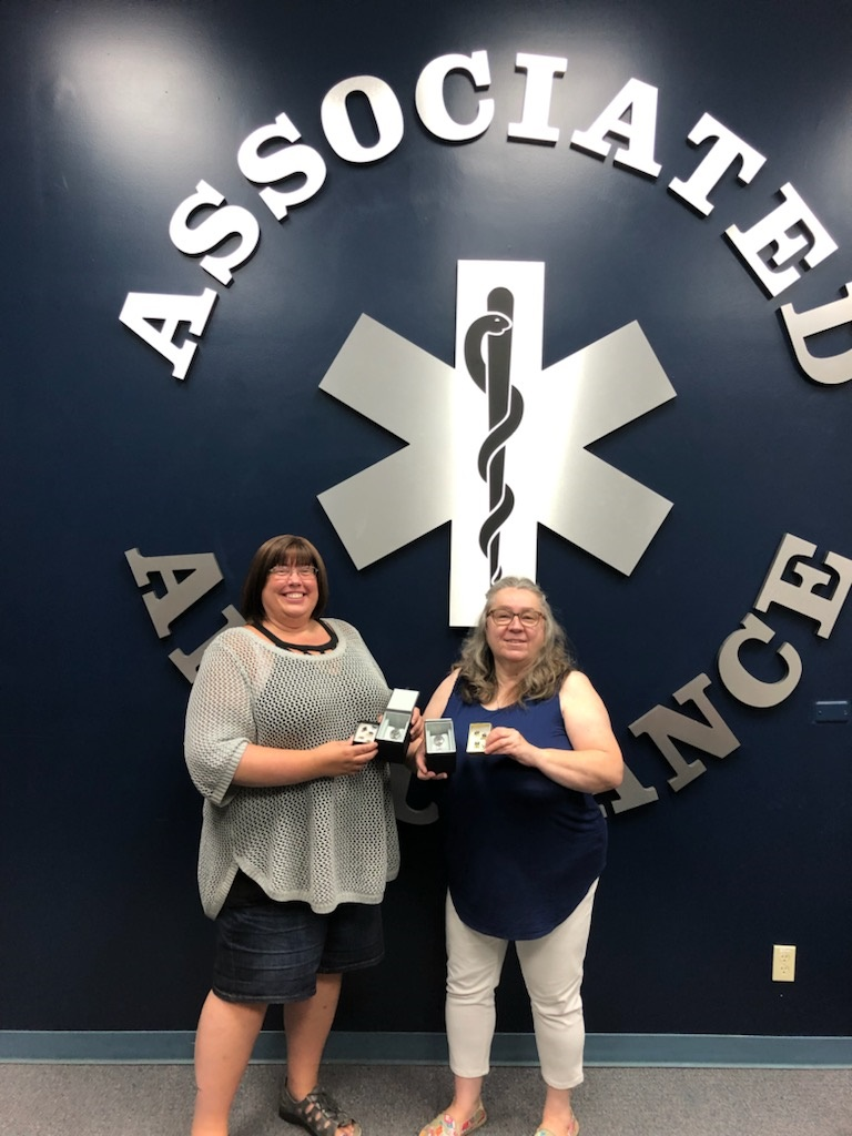 Service-award-2021-Heather-Kennedy-and-Holly-Kirbyson